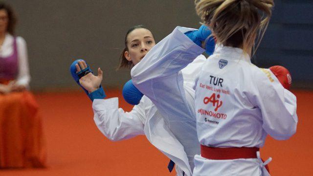 Bettina Plank | Bronze Fight bei Premiere League in Salzburg | Punkte für Olympia | Chancen auf Olympiaticket greifbar