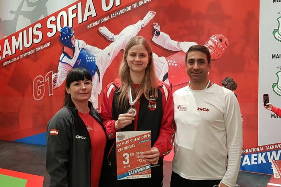 Sudhir Batra gemeinsam mit Marlene Jahr bei den Sofia Open 2021