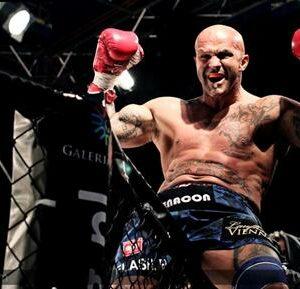 Mehrfacher Weltmeister und einer der besten österreichischen Kickbox-Kämpfer
