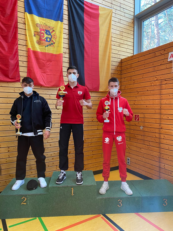 Sieg beim Brandenburg Cup: Arsen Chabyan holt Gold bei internationalem Youth Turnier.