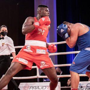 Profikarriere: Seun Salami (24) wechselt in Boxclub Bounce