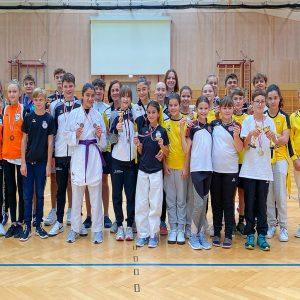 Karate Talents sammeln Medaillen und Erfahrung!